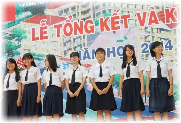 Đồng phục Đức Thành hiện dang có bán các loại đồng phục học sinh trường THPT Phú Nhuận TP.HCM